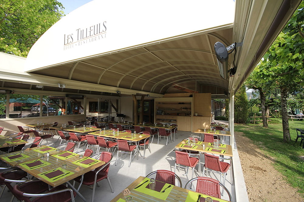 Litra Restaurant Retractable Patio Covers for Les Tilleuls