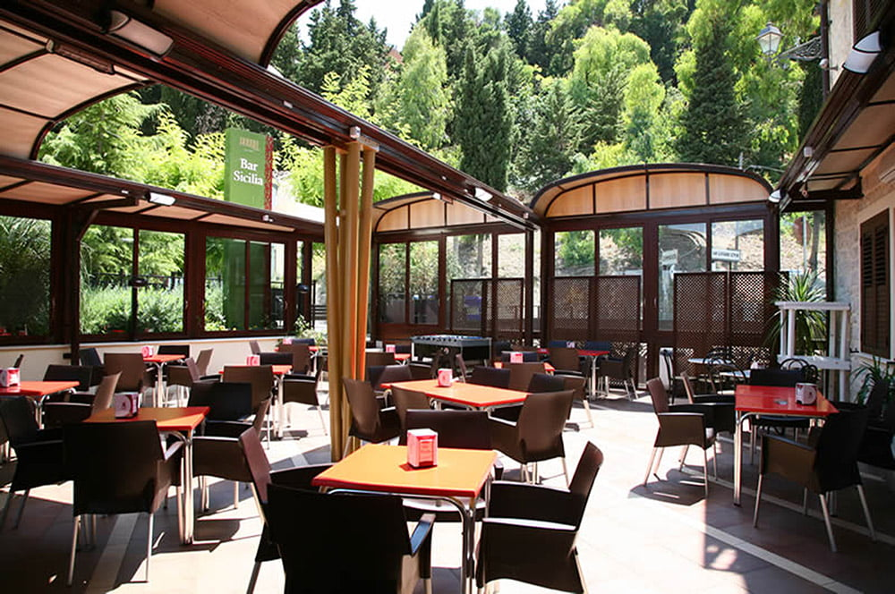 Retractable Roofs by litra
