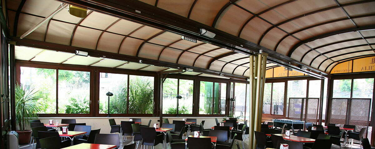 Retractable Roof for restaurant