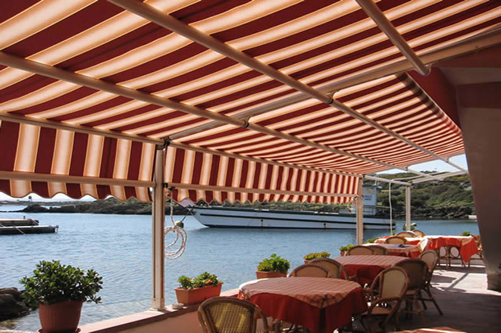 Commercial Retractable patio awning by LITRA