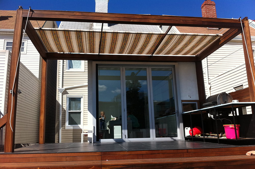 Patio retractable modern patio outdoor for Retractable patio awning canopy