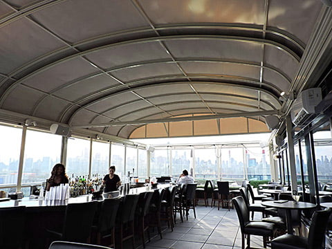 Four-point-by-sheraton-new-york-retractable-roof-1