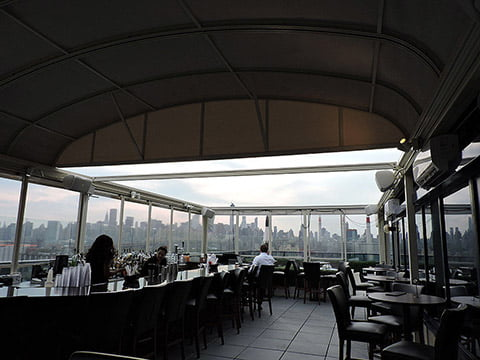 Four-point-by-sheraton-new-york-retractable-roof-6