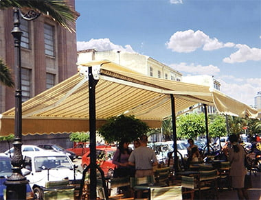 Retractable Awnings line