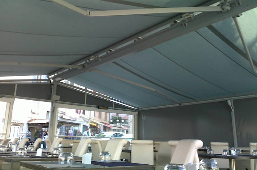 Retractable Awnings Los Angeles by LITRA